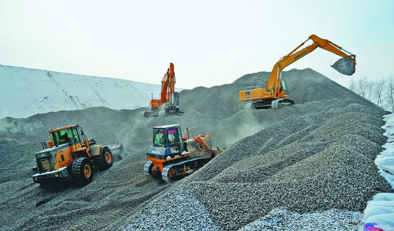 雪花片拼挖掘机的步骤